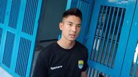 Gelandang Persib Bandung Kim Jeffrey Kurniawan mendukung langkah manajemen klub memiliki tim satelit. (Liputan6.com/Huyogo Simbolon)