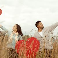 Inilah 10 kegiatan seru yang bisa dilakukan bareng pacar dan tidak akan mengurangi pahala kamu di bulan puasa.