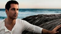 Colin Farrell for Dolce & Gabbana Perfume 1014