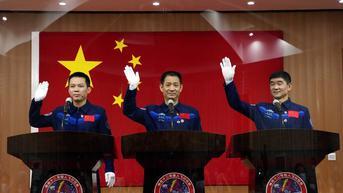 3 Astronaut China Selesai Misi 90 Hari di Stasiun Ruang Angkasa Tiangong, Siap Menuju Bumi