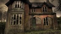 (Image: Favim) Ilustrasi rumah hantu