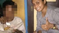 Foto: Maria Fransiska Du'a Ika, guru di Kabupaten Ende, NTT yang selalu peduli pada ODGJ (Liputan6.com/Dion)