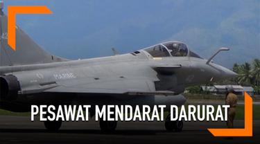 Tujuh pesawat tempur milik Angkatan Laut Prancis mendarat darurat di Aceh. Setelah dilakukan pemeriksaan oleh TNI, 5 pesawat tempur tersebut telah kembali ke kapal induk.