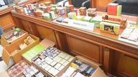 Ratusan kotak obat kuat disita aparat Polda Jambi karena diduga ilegal. (Foto: Dok Polda Jambi/B Santoso)