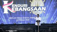 Pembina Yayasan Sukma Bangsa, Surya Paloh memberikan sambutan di acara Kenduri Kebangsaan di Bireun, Aceh, Sabtu (22/2/2020). (Liputan6.com/ Achmad Sudarno)