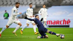 Gol-gol PSG dicetak oleh Kylian Mbappe dan Mauro Icardi. (AP Photo/Daniel Cole)