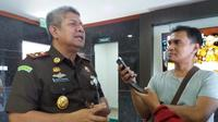 Kepala Kejaksaan Tinggi sulawesi Selatan, Firdaus Dewilmar berjanji segera menetapkan tersangka dalam dua kasus korupsi mega proyek DAK di Sulsel.(Liputan6.com/ Eka Hakim)