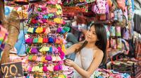 Banyak barang khas Thailand yang bisa dijadikan oleh-oleh, tetapi 4 barang ini paling banyak dicari. Apa saja?
