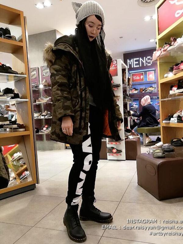 Felixia Yeap, mantan model majalah dewasa yang kini berhijab (Sumber: Instagram/reisha.art)