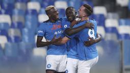 Namun sayang di babak kedua, Napoli bangkit dan mampu memberondong gawang Juventus dengan dua gol balasan. (Foto:AP/Alessandro Garofalo)