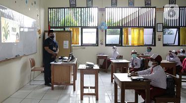 Uji Coba Pembelajaran Tatap Muka Terbatas di Jakarta