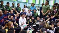 Presiden Joko Widodo meninjau persiapan atlet Indonesia di Asian Para Games 2018, Kamis (27/9/2018). (Inapgoc)