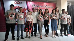 Relawan Jokowimotion berpose saat deklarasi dukungan Jokowi-Ma'ruf Amin, Jakarta, Minggu (28/10). Lewat 'Sumpah Pemuda Jilid Milenial', relawan Jokowimotion menyatakan dukungan terhadap Jokowi-Ma'ruf Amin dalam Pilpres 2019. (Merdeka.com/Iqbal S. Nugroho)