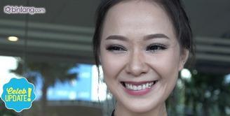 Yuanita Christiani mengeluarkan air mata bahagia saat menyaksikan langsung pernikahan sahabatnya, Sandra Dewi dan Harvey Moeis.