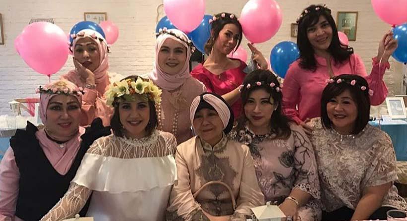 Andi Soraya di acara baby shower. (Instagram)