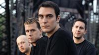 Usai vakum enam tahun, Breaking Benjamin kembali membuat keriuhan lewat dua single anyar mereka.