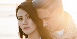 Saat ini kebahagiaan sedang meliputi rumah tangga Sharena Gunawan dan Ryan Delon. Setelah lama tak terdengar, wanita cantik ini sedang mengandung anak kedua. (Foto: instagram.com/mrssharena)
