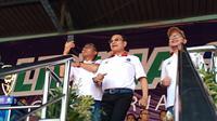 Menteri Hanif dan Moeldoko Menari Bersama Buruh di Aksi May Day 2018 (Liputan6.com/Putu Merta SP)