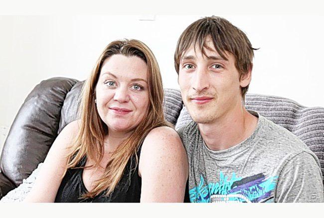 Melanie dan suaminya Martin | foto: copyright mirror.co.uk
