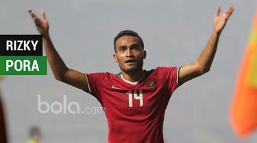 Berita video salah satu peran Rizky Pora di Timnas Indonesia adalah memberi gol kejutan seperti yang dicetaknya pada leg I Final Piala AFF 2016.