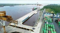 Pelindo III memperpanjang dermaga Pelabuhan Bagendang, di Kotawaringin Timur, Kalimantan Tengah. (Foto: Liputan6.com/Dian Kurniawan)
