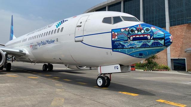 Keren, Pesawat Garuda Indonesia Punya Desain Masker Baru ...