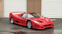 Ferrari F50 milik Mike Tyson dilelang.