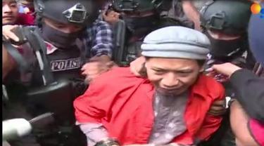 Jaksa Penuntut Umum menyampaikan bahwa Aman terbukti sebagai pendiri JAD, yang berafiliasi dengan ISIS.