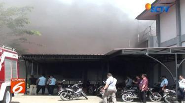Akibat kerusuhan di Lapas Klas IIA Lambaro tersebut sejumlah fasilitas ludes dilahap si jago merah.