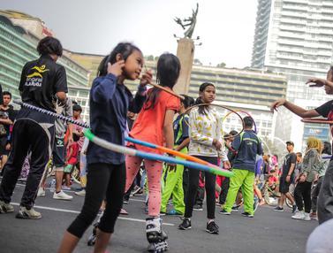 Senangnya Anak-Anak Bermain Permainan Tradisional di CFD