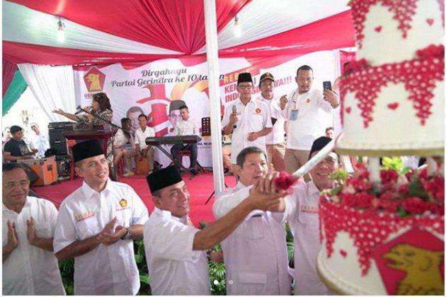 Tak heran dalam langkahnya di Sumatera Utara, pasangan ini mendapat dukungan dari banyak partai di antaranya Golkar, Gerindra, PKS, Nasdem, PAN dan Hanura./Copyright instagram.com/ralineshah+ijeck09/sjw