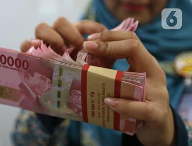 Nilai Tukar Rupiah Terhadap Dolar AS Menguat