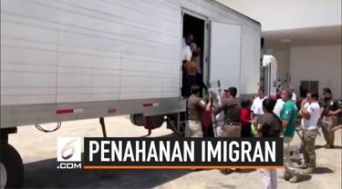 Meksiko menahan ratusan imigran yang hendak pergi melintasi batas negara. Mereka berusaha terobos perbatasan dengan menumpang truk kargo.