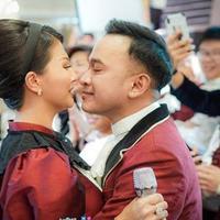 Ruben Onsu dan Sarwendah merayakan ultah pernikahan ke 6 (Instagram/ruben_onsu)