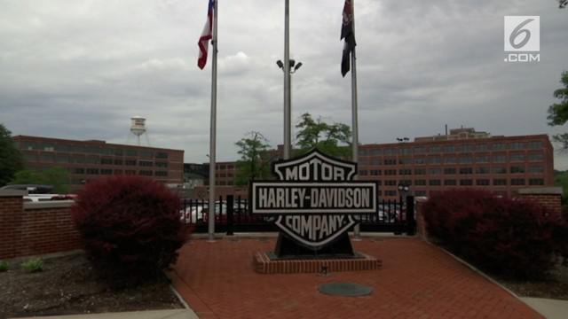 Produsen motor ikonik Amerika Serikat, Harley Davidson berencana memindahkan pabrik mereka. Rencana ini dikecam Presiden Amerika Serikat, Donald Trump.