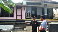 Rumah kontrakan Slamet, sopir terduga teroris, Sidik di Pasir Wetan, Banyumas tampak sepi. (Foto: Liputan6.com/Muhamad Ridlo)