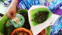 Pecel Semanggi atau Semanggi Suroboyo salah satu kuliner andalan Kota Surabaya. (Liputan6.com/Dhimas Prasaja)