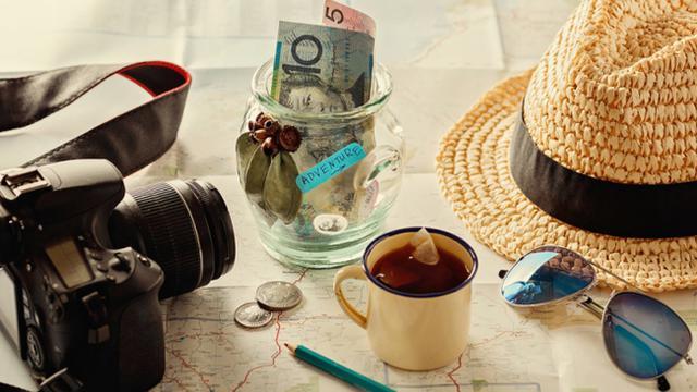 Hasil gambar untuk uang saat traveling