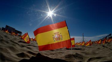 Pantai di Valencia Dipenuhi Ribuan Bendera Spanyol