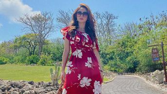6 Potret Natalie Zenn Bintang Sinetron Naluri Hati SCTV Pakai Outfit Motif Floral, Girly Banget