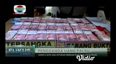 Petugas Reskrim Polres Lamongan, Jawa Timur, menangkap komplotan pengganda uang palsu. Modusnya pelaku berkedok menjadi dukun yang mampu melipat gandakan uang.
