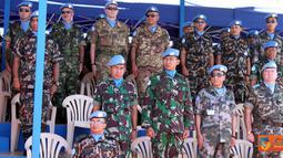 Citizen6, Lebanon: Komandan Indobatt, Letkol Inf Hendy Antariksa menghadiri acara Medal Parade Batalyon Nepal (Nepbatt) di Markas Batalyon Nepal UN POSN 8-30, Meiss El-Jabal, Lebanon Selatan, Rabu (27/7). (Pengirim: Badarudin Bakri)