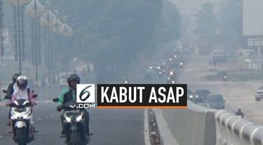 Setelah berhari-hari kabut asap selimuti Pekanbaru Riau, pemkot naikan status kota Pekanbaru dari waspada menjadi siaga darurat.