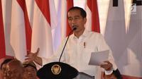 Presiden Joko Widodo memberi sambutan dalam Sarasehan Pengelolaan Dana Desa se-Jawa Tengah Tahun 2019 di Gedung PRPP Semarang, Kamis (22/11). Jokowi memberikan pengarahan tentang pembangunan desa. (Liputan6.com/Gholib)