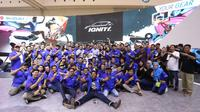 Para pemilik Suzuki Ignis yang tergabung dalm IGNITY mengukuhkan diri bertepatan diacara GIIAS 2018 di ICE, BSD, Tangerang Selatan. (Herdi Muhardi)