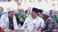 KH Nawawi dan Ra Kholil pimpin Deklarasi Dukungan Gus Ipul - Mbak Puti untuk Pemilihan Gubernur Jawa Timur 2018-2023.