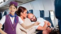 Seorang pramugari menuturkan enam hal yang tak boleh Anda dilakukan selama di dalam pesawat. Apa saja?