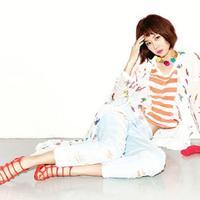 Gong Hyo Jin punya lini fashion yang bernama LAP by Gong Hyo Jin. Ini merupakan hasil kolaborasinya dengan Los Angeles Project. (Foto: pinterest.com)