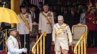 Sultan Muhammad V, Raja ke-15 Malaysia, saat menghadiri upacara penyambutan di Parliament House di Kuala Lumpur, 13 Desember 2016. (Liputan6.com/Afra Augesti)