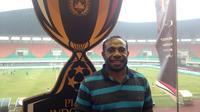 Sekretaris Yahukimo FC, Timed Magayang, bangga timnya akan menghadapi Persipura Jayapura di babak pertama Piala Indonesia. (Bola.com/Benediktus Gerendo Pradigdo